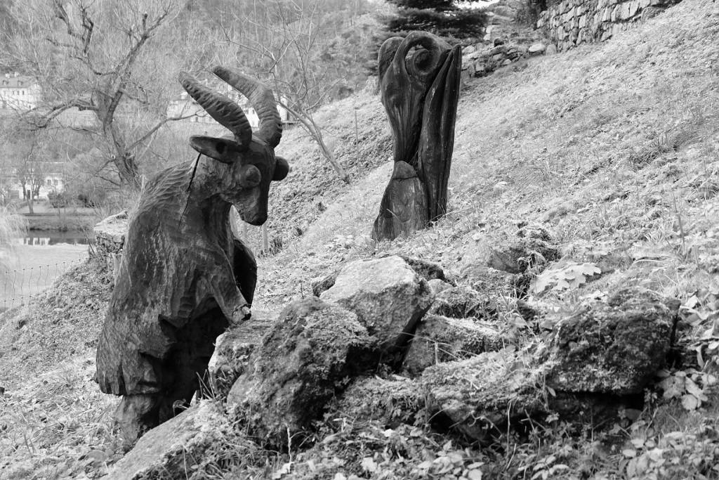 Dřevěné kozy (ty normální živé byly asi schované)